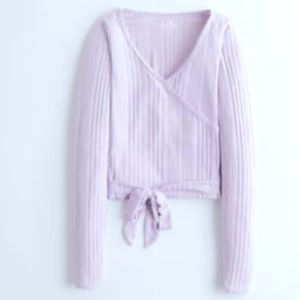 2/$40 Trendy purple knit top from Hollister.